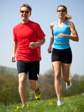 marathon training schedule couple running